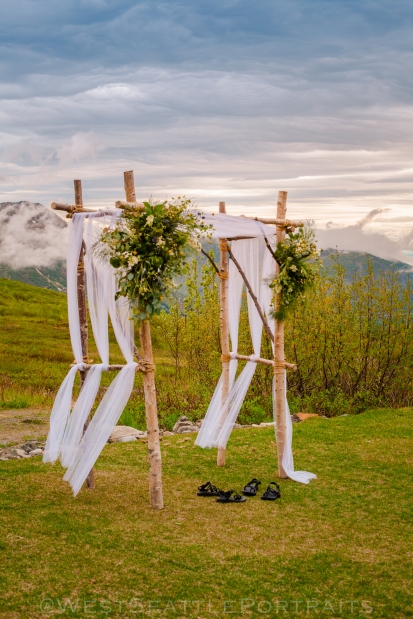 Seattle adventure wedding photographer.